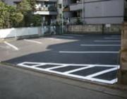 簡易アスファルト塗装(平面駐車場)の施工前