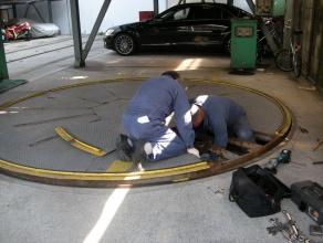 ターンテーブルモーター交換作業