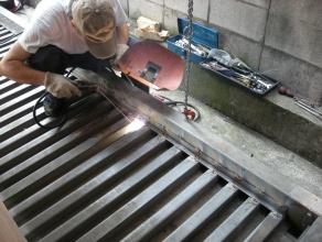 機械溶接補修作業