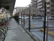 新しいフェンスを設置